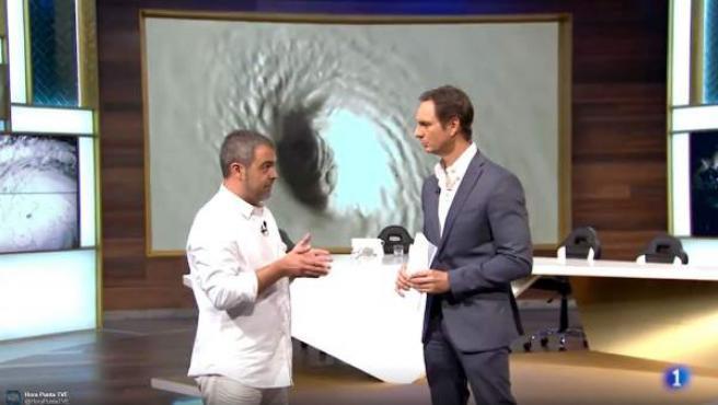 Javier Cárdenas habla en 'Hora Punta' con un defensor de la teoría conspiranoica de los huracanes.