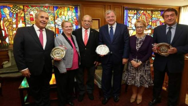 León.- Antonio Silván recibe al presidente de la Agrupación Leonesa de México