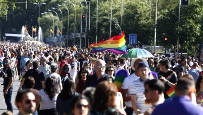 Asistentes a la mayor marcha del Orgullo Gay 2017 en el mundo, en Madrid.