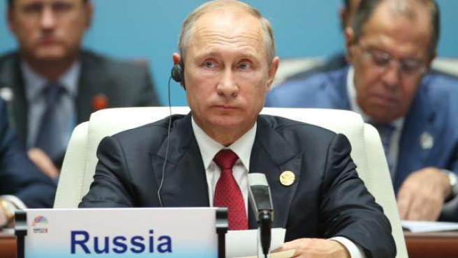 El presidente de Rusia, Vladimir Putin, asiste al 'Diálogo entre países emergentes y países en desarrollo' en el marco de la Cumbre BRICS 2017 en Xiamen, China.