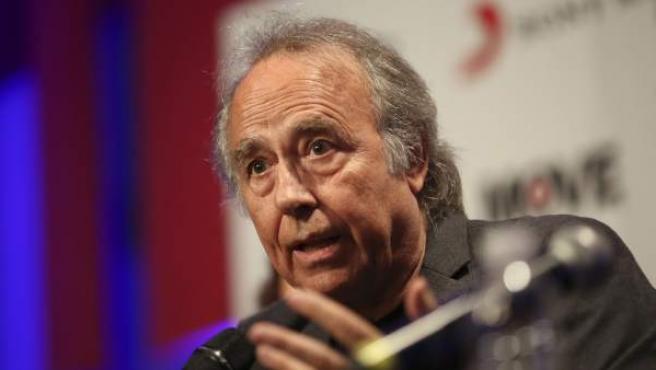 Joan Manuel Serrat, en rueda de prensa desde Buenos Aires.