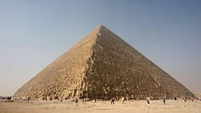 Una panorámica de la Gran Pirámide de Guiza, en Egipto.