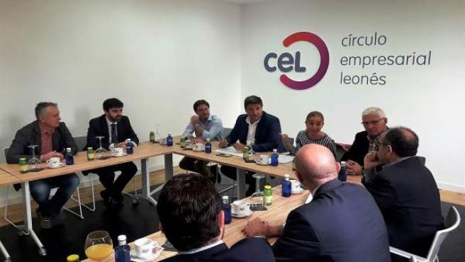 Reunión de la Junta directiva de CEL.