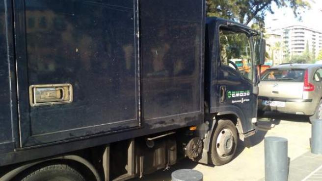 Camión de recogida de basuras de Emaya
