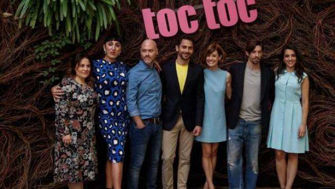 Los actores protagonistas de la comedia coral 'Toc toc', que llega a los cines el próximo 6 de octubre dirigida por Vicente Villanueva (3i).
