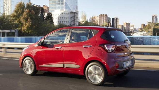 Frente al diésel, Hyundai destaca que el GLP reduce las emisiones de dióxido de nitrógeno (NOx) en un 96% y de partículas en un 99%.