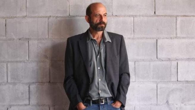 El cantante Josele Santiago publica ' Transilvania', su nuevo disco en solitario.