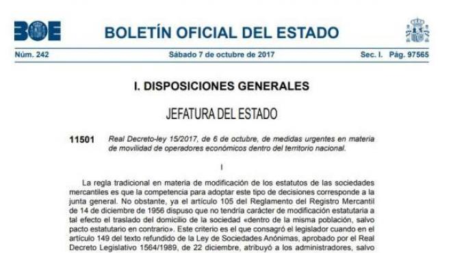 Primera página del BOE con el real decreto ley aprobado ayer por el Consejo de Ministros que permite a las empresas cambiar su domicilio social sin necesidad de contar con el visto bueno de la junta de accionistas.