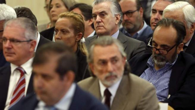 Luis Bárcenas, Francisco Correa y Pablo Crespo, en el juicio por la trama Gürtel.