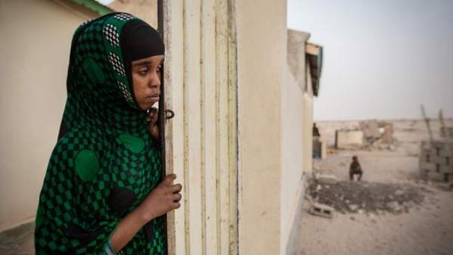 Halima, de 15 años fue forzada a casarse con un hombre 20 años mayor que ella que la maltrataba.