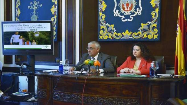 Antonio Ramírez de Arellano y Esther Gil.