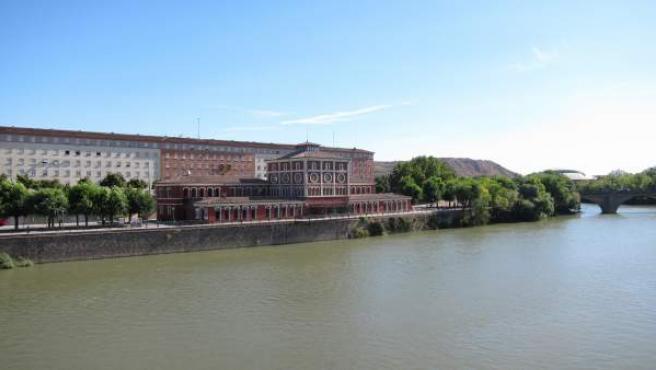 La Casa de las Ciencias desde el puente de Hierro