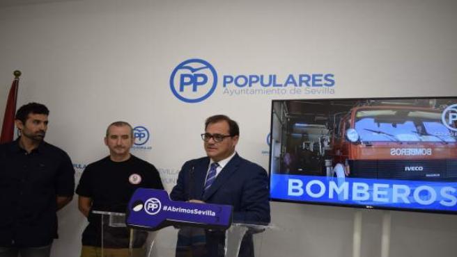 Foto E Información Rueda De Prensa Bomberos