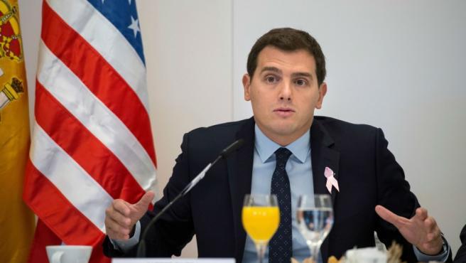 El líder de Ciudadanos, Albert Rivera, en un desayuno organizado por la Cámara de Comercio de EEUU en España.