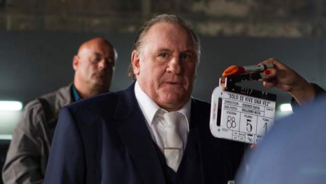 Gerard Depardieu en el rodaje de 'Solo se vive una vez'.