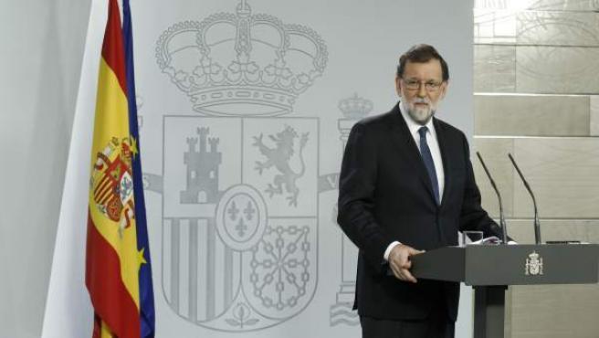 El presidente del gobierno, Mariano Rajoy, durante su comparecencia para explicar la aplicación del Artículo 155 de la Constitución.
