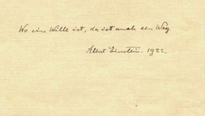 """Una de las notas de Albert Einstein que han salido a subasta en Winners Auctions, donde escribió: """"Donde hay voluntad, hay un camino""""."""