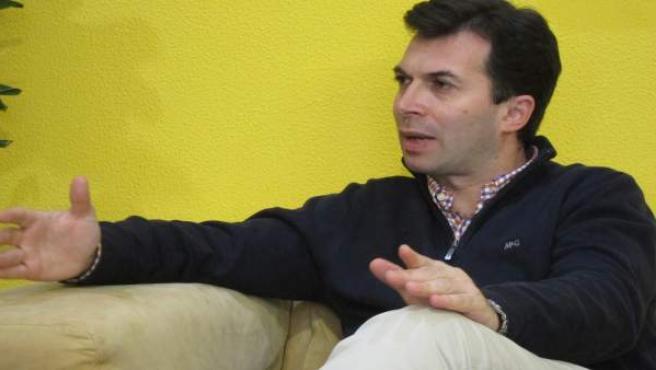 El nuevo líder de los socialistas gallegos, Gonzalo Caballero