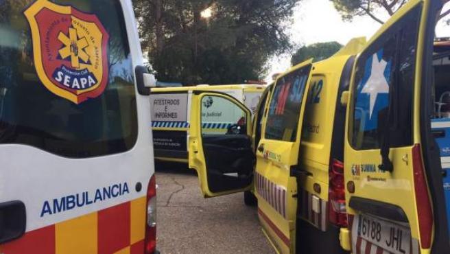 Una mujer de unos 70 años ha fallecido esta tarde atropellada por un coche que un familiar suyo, de edad similar, estaba sacando marcha atrás de su garaje en la localidad madrileña de Pozuelo de Alarcón.