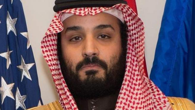 El príncipe heredero de Arabia Saudí, Mohamed bin Salman, dirige el comité que ordenó detener a príncipes saudíes y políticos por corrupción.