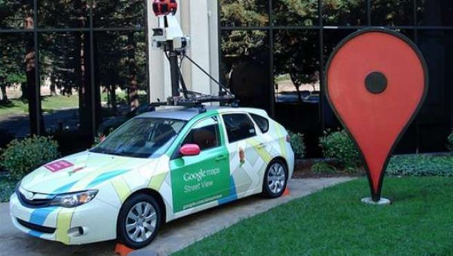 Uno de los coches que usa Google para elaborar sus mapas.