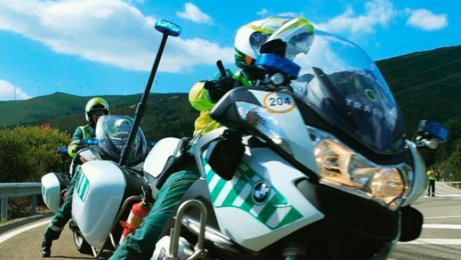De momento la DGT no ha anunciado si los motoristas de la Guardia Civil llevarán los radares activos en sus motos mientras circulan.