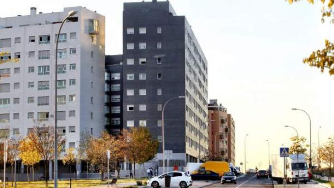Bloques de vivienda pertenecientes a fondos buitre ocupados en la calle Eduardo Chillida, en el Pau de Vallecas.
