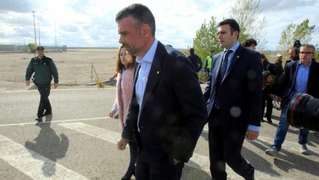 El exconseller de Empresa de la Generalitat, Santi Vila, ha abandonado la cárcel madrileña de Estremera, tras pagar la fianza de 50.000 euros que le impuso la jueza de la Audiencia Nacional Carmen Lamela.