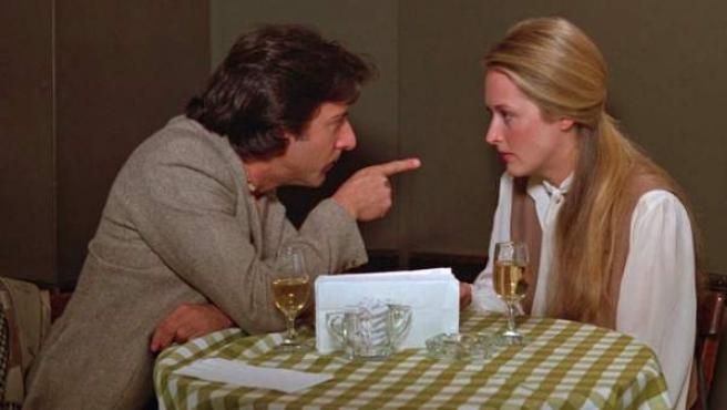 Dustin Hoffman y Meryl Streep, en una escena de la película 'Kramer contra Kramer', estrenada en 1979.