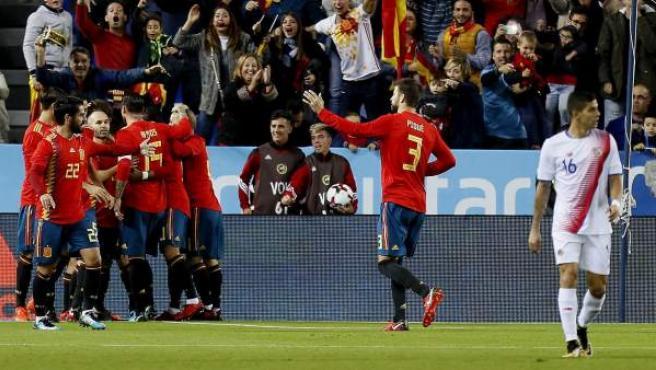 España, celebrando su primer gol ante Costa Rica.