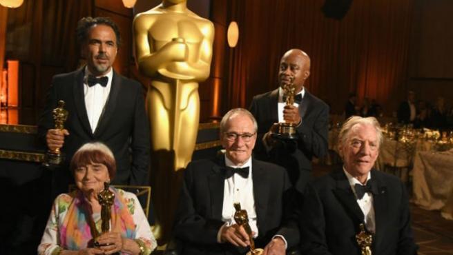 Los homenajeados de los Oscars ya tienen sus galardones