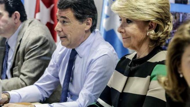 Ignacio González y Esperanza Aguirre en una reunión del PP de Madrid.