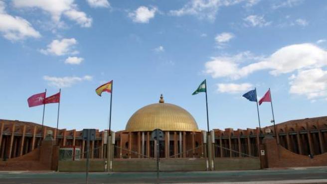 Palacio De Exposiciones Y Congresos De Sevilla (Fibes)