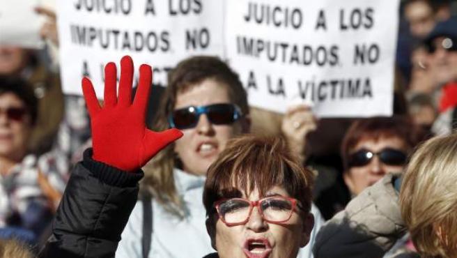 Protesta frente al juicio a La Manada en Pamplona, en una imagen de archivo.
