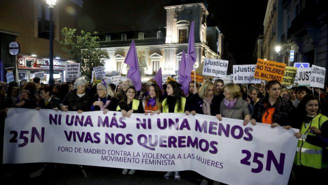 Cabecera de la manifestación en la capital española contra la violencia machista.