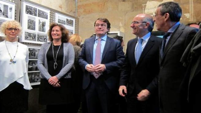 Autoridades en el homenaje a Pérez Millán en Salamanca