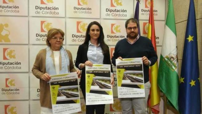 Gómez (centro), en la presentación de las jornadas