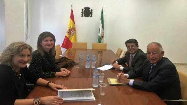 Reunión del PP con la presidenta de la Audiencia de Almería