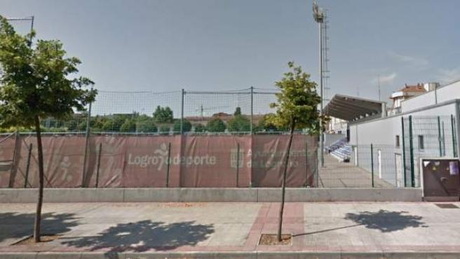 Exterior del polideportivo La Ribera, en Logroño.