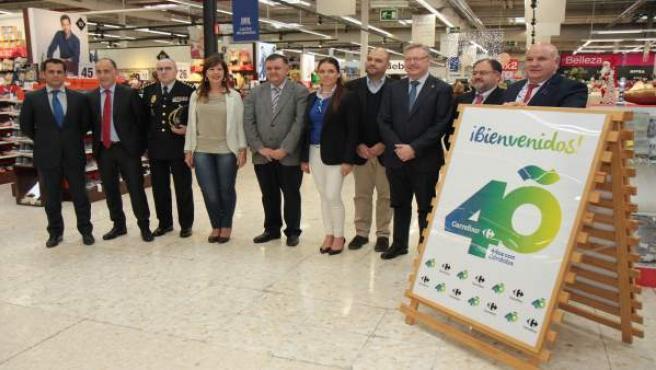 Autoridades en la celebración de los 40 años de Carrefour
