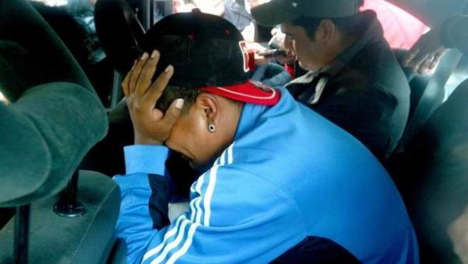 Familiares de los tripulantes del submarino ARA San Juan, tras conocer que la Armada Argentina continuará con la búsqueda del submarino, pero no con las operaciones de rescate de los tripulantes.