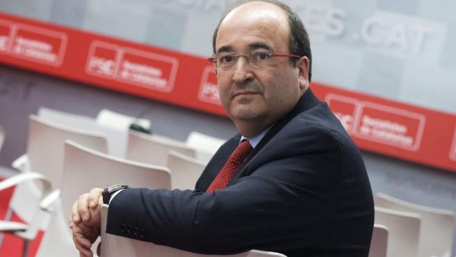 El candidato del PSC, Miquel Iceta, en la sede del partido en Barcelona.
