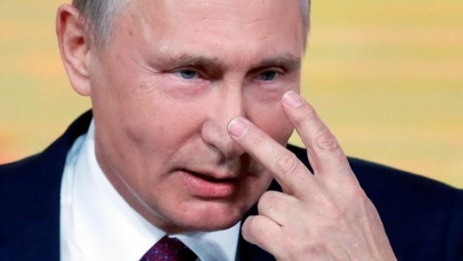 El presidente ruso en la rueda de prensa anual con medios federales, regionales y extranjeros en el centro de congresos WTC en Moscú.