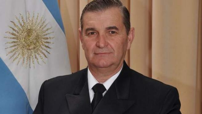 Foto oficial de Marcelo Srur como vicealmirante de la Armada Argentina.
