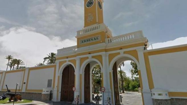 Imagen del principal acceso del Arsenal de Cartagena.