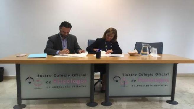 El Ayuntamiento De Málaga Informa: Parcemasa Y El Colegio De Psicólogos Colabora
