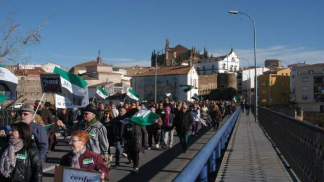 Manifestación por un tren digno en Plasencia