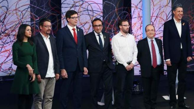 Los representantes de los siete partidos que han participado en el debate de este domingo 17 de diciembre.