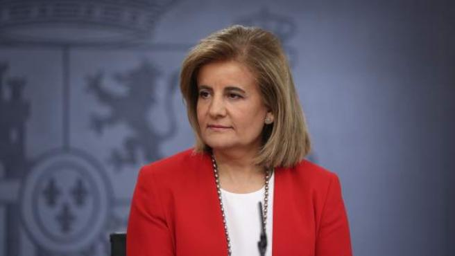 La ministra de Empleo, Fátima Báñez, en rueda de prensa tras un Consejo de Ministros.