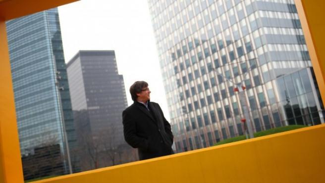 El candidato de Junts per Catalunya (JxCAT), Carles Puigdemont, recibió al equipo de 20minutos en la habitación de un hotel de Bruselas que se ha convertido en el cuartel general de campaña del expresidente de la Generalitat.